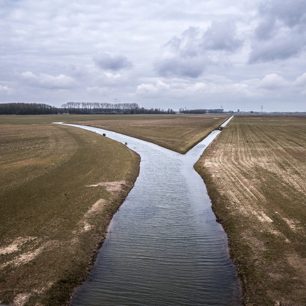 The historic floodplain of the Noordwaard polder. A huge area of the polder is slowly being re-flooded again to make room for the river. (Photo by Joris van Gennip/GroundTruth)