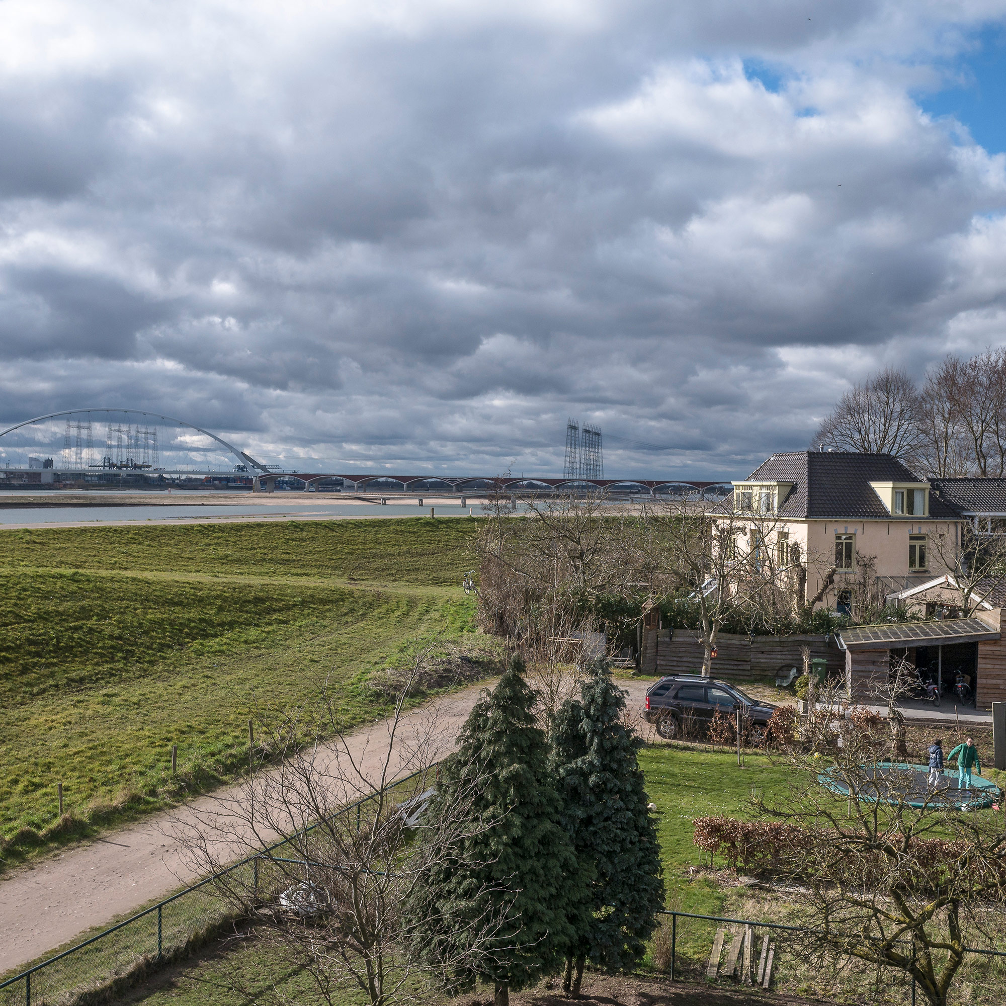 A view of the Room for the River project in Nijmegen. A second river has been constructed to give room to the Waal river. (Photo by Joris van Gennip/GroundTruth)