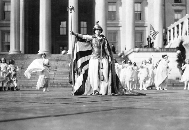 """Hedwig Reicher, a German actor, wears a """"Columbia"""" costume during the 1913 Suffragist Parade. (Photo via Library of Congress)"""