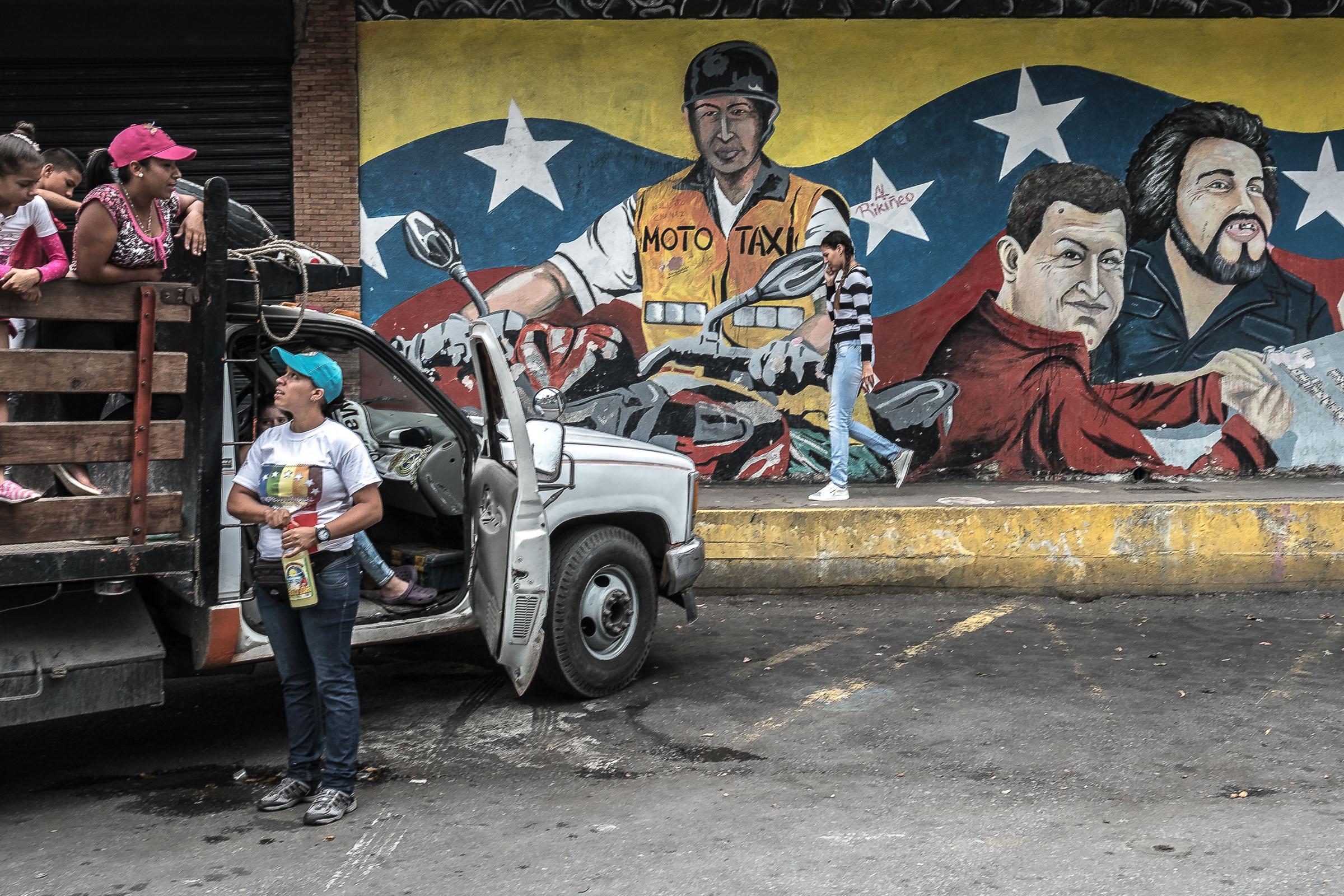 April 16, 2017 Maracay, Venezuela (Photo by Joris van Gennip/GroundTruth)