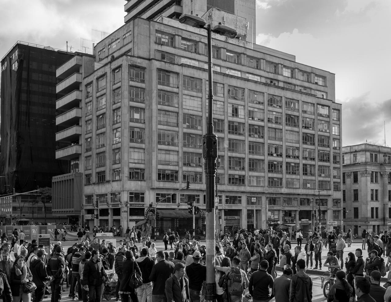 The historical intersection of Avenida Jimenez and Carrera Séptima on July 28, 2015. (Juan Cristóbal Cobo)