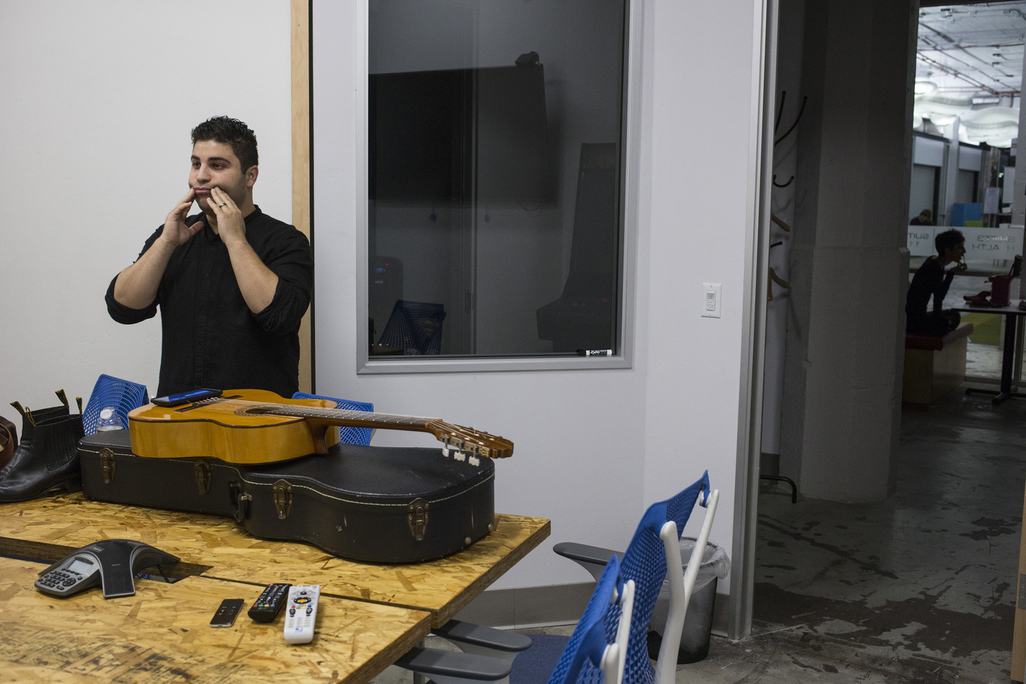 Omar performs music he calls nuevo mariachi. It is approach to reimagining the traditional Mexican music for his experience as a third generation Mexican-American from California's Central Valley. (Brittany Greeson/The GroundTruth Project)