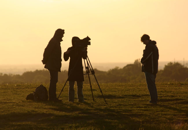 Silhouetted film shoot (Photo by Till Krech/Flickr User)