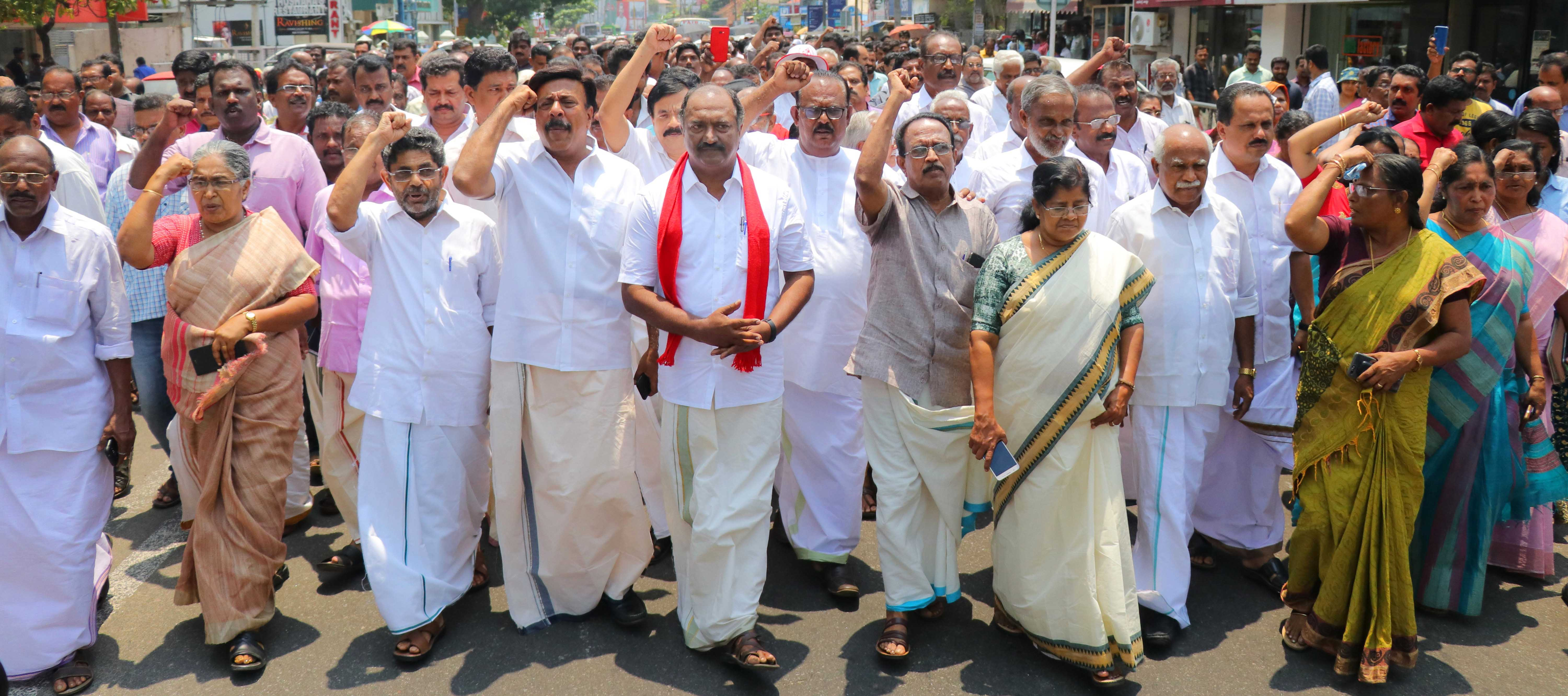 KN Balagopal , Left Democratic Front (LDF) candidate in Kollam Lok Sabha constituency in election campain. (Photo by Binesh Kumar/GroundTruth)